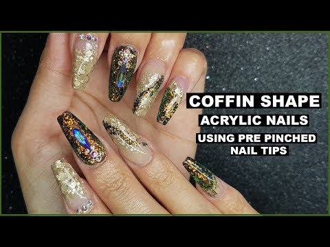 ACRYLIC NAILS WITH COLOUR CHANGING LIZARD GLITTER , BLING  AND UNICORN FILM