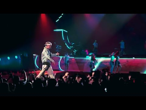 Justin Bieber - What Do You Mean (Purpose Tour Montage)