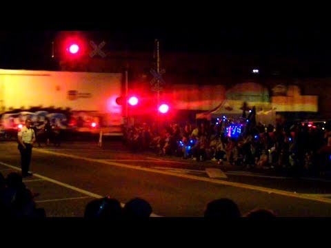 Amtrak And CSX Trains Interrupt Christmas Parade Three Times