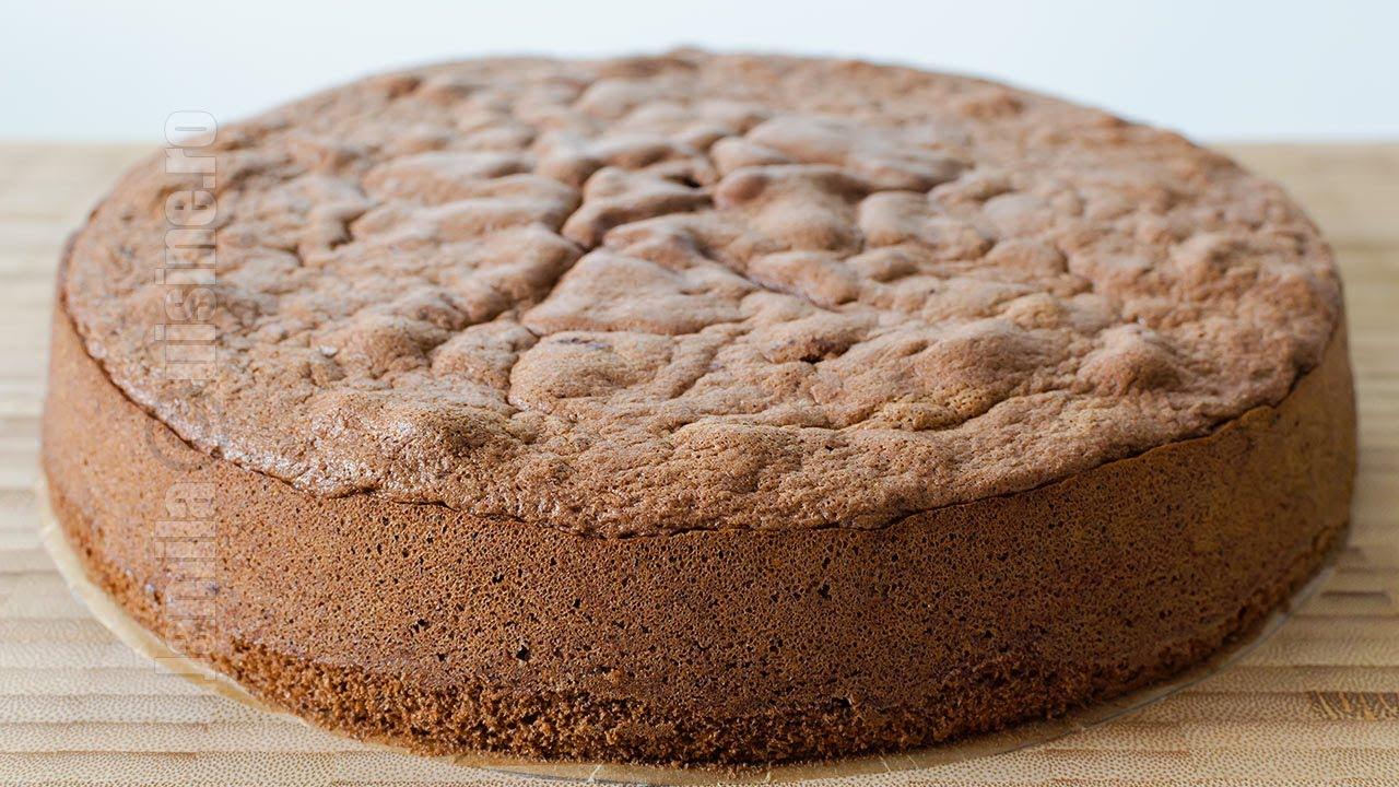 Cand se insiropeaza blatul de tort