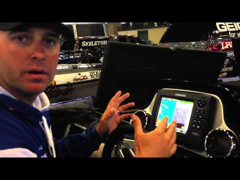 Lowrance Pro Tood Faircloth Discussing His Lowrance HDS at the 2013 Bassmaster Classic