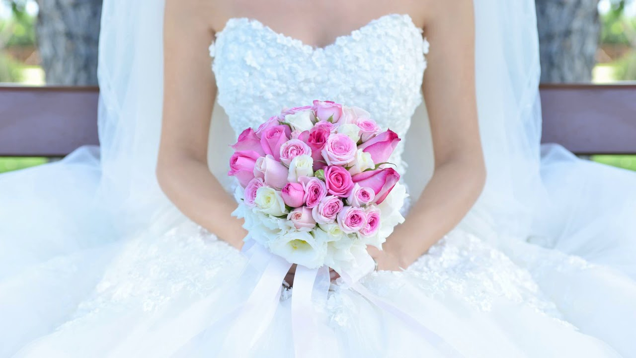 К чему снится черное свадебное платье на себе незамужней девушке, замужней женщине?