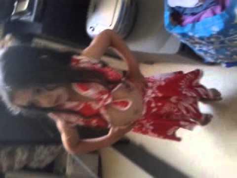 Petite fille trop chou 4 ans qui danse youtube - Petite souris qui danse ...