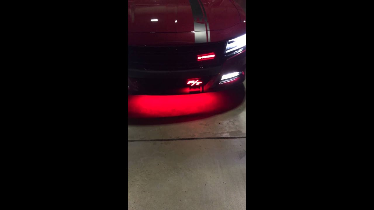 2015 charger rt illuminated emblems night time view youtube 2015 charger rt illuminated emblems night time view publicscrutiny Image collections