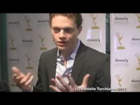 Sean Berdy speaks about Emmett's struggles and  support for 'Switched at Birth'