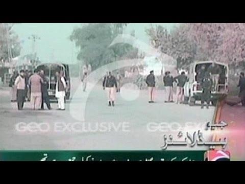 Taliban blast kills at least 20 soldiers in Pakistan