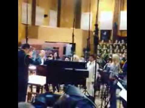 Алсу и другие звезды записали Гимн России (Instagram)