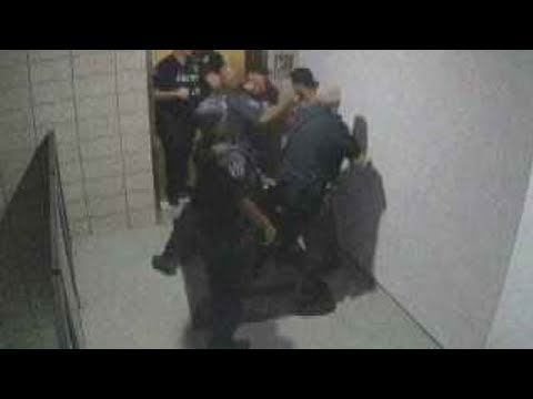 Mesa, Arizona officers seen on video repeatedly punching man