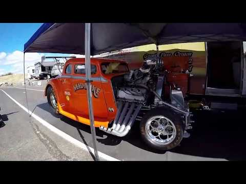 Street outlaws races champion race way medford oregon the diaster of a willys crashes