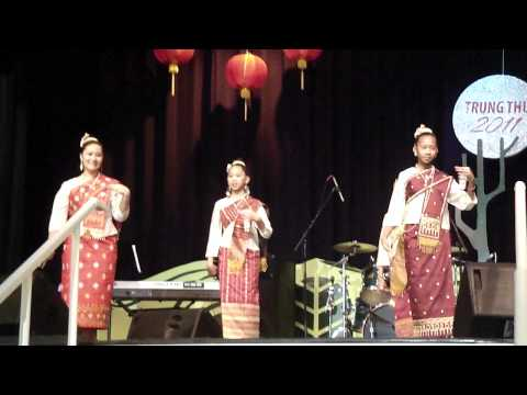 Tet Trung Thu 2011- Lao dances