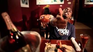 Tezo & Kenn Ball - Dinner Date (Official Video)