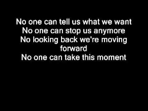 Christina Aguilera- Light Up The Sky (Lyrics on Screen)+Full Song