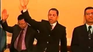 Profeta manda pregador descer da tribuna Vale a Pena Ver