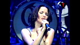 The Corrs - Runaway (live)