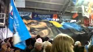 Bandera desplegada por La Campora Mendoza en la Cumbre Social del Mercosur