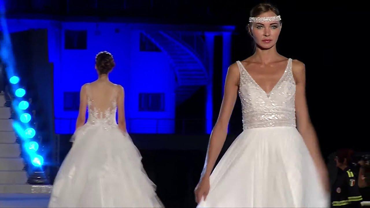 Vestiti Da Sposa Fano.La Sposa Di Eugenia Abiti Da Sposa Fano Pesaro Urbino