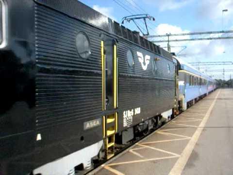 tåg skövde stockholm