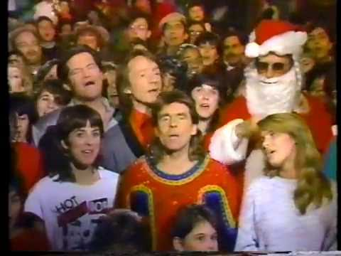 The Monkees: Christmas Medley '86 - YouTube