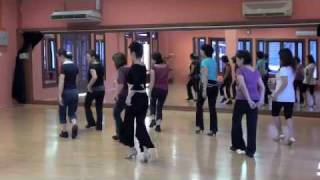 Happy Samba - walk through line dance
