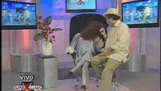 SuperXclusivo 8/8/08 - Pelea entre Elvis Crespo y amiguita