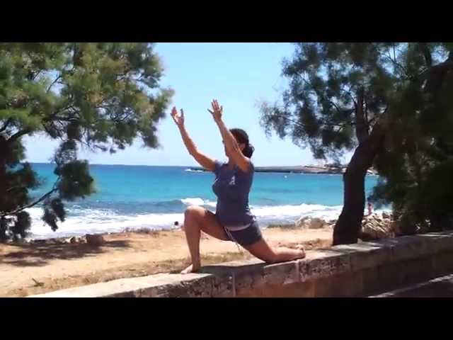 Demonstration Qi-Flow-Salutation (Do-In Yoga School, intensive teacher trainings)
