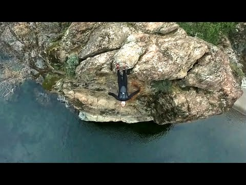 Winter Cliff Jumping at Cable Pools