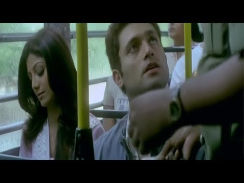 Shilpa Shetty meets Shiney Ahuja in bus first time