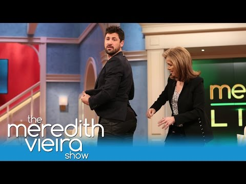 Maks' Fave DWTS Tradition Tom Bergeron's Butt! | The Meredith Vieira Show