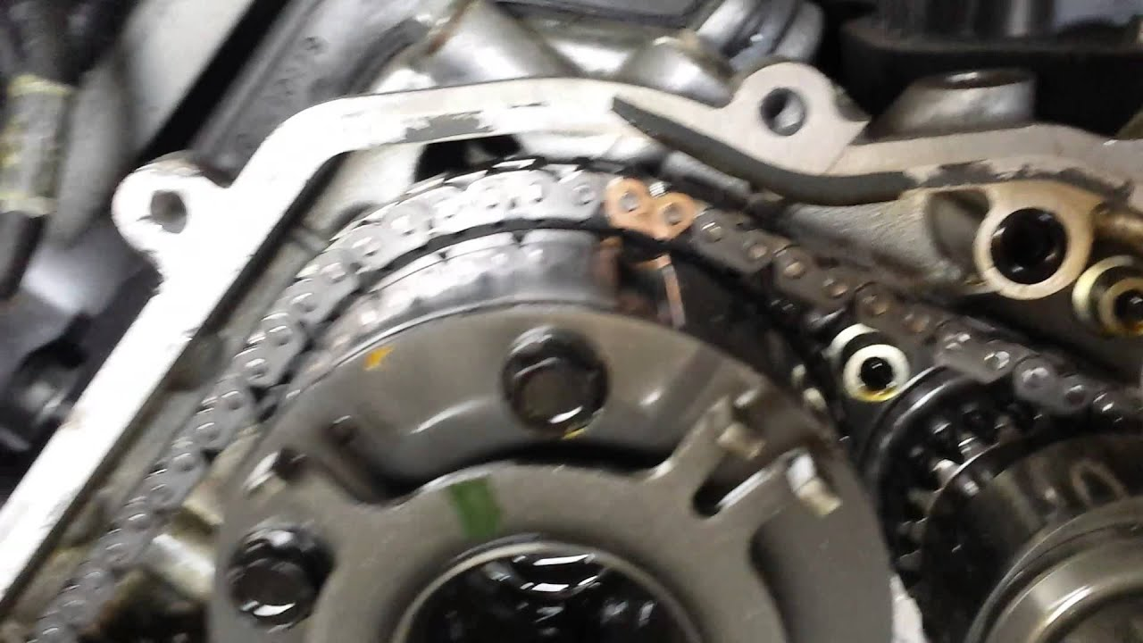 Infiniti 5.6 Direct Injection Timing chain marks - YouTube