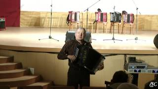 Песни в исполнении А. Мазурова и зрителей