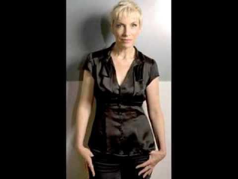 Annie Lennox - Live At The Mermaid Theatre (2007)
