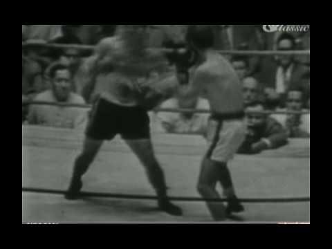 Carmen Basilio -vs- Chuck Davey II 7/16/52 part 3