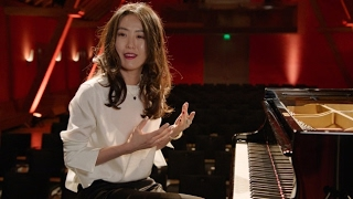 "Klassik u. Jazzpianistin Younee, TV-Show ""Klick-Klack"""