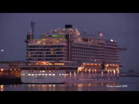 "AIDA Cruises ""AIDAperla"" an Illuminated Departure from Southampton for Zeebrugge 20/03/18"