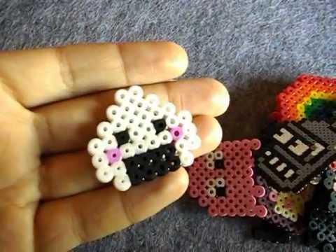 Figuras pixel art de nosolopixel broches llaveros for Manualidades con bolitas