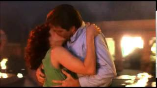 Wilder Napalm - Debra & Dennis Kiss SCene