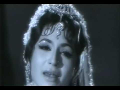 Helen & Laxmi Chhaya in Dulhan Ek Raat Ki - 1967