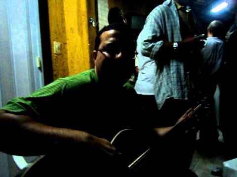 Hanoi Hanoi - Cheira confusão!! Niver Emerson acústico MTV