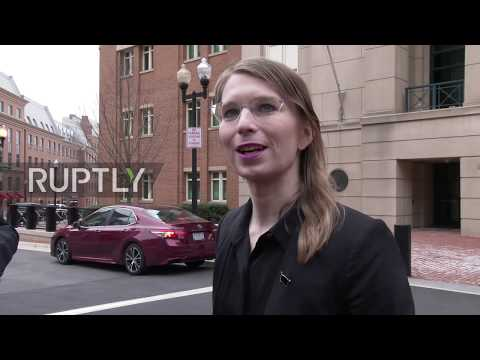 USA: Manning says she may be 'locked up' before being detained for contempt of court