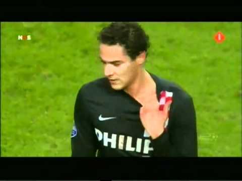 Luis Suárez bites PSV's Otman Bakkal [HQ]