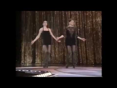 Chicago: Ann  Reinking & Bebe Neuwirth (1997)
