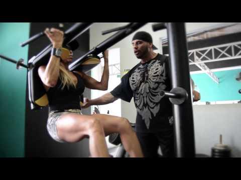 Muscular Development Brasil - Patricia Perez - Entrenamiento de piernas