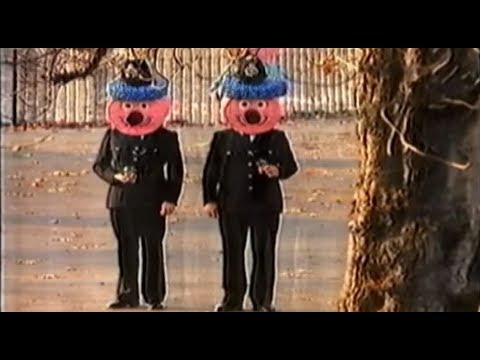 1992 Liquorice Allsorts Handy Size Bag Advert