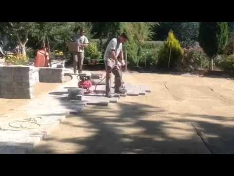 How To Install A Patio Using A Paver Vacuum Tool. Lawnscience.com