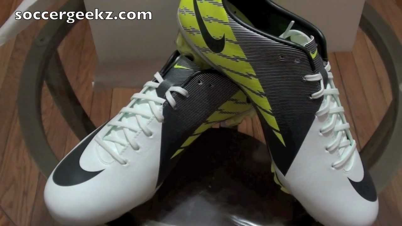 2a741e95f Unboxing Nike Mercurial Vapor Superfly III (3) White Trace  Blue Anthracite-Cyber - YouTube