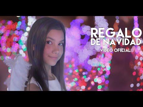 Ana Emilia – REGALO DE NAVIDAD ft. Alex Coppel, Andry y Luis (Official Video)