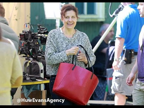 DOCTOR WHO SERIES 9   Rebecca Front joins the cast for filming!