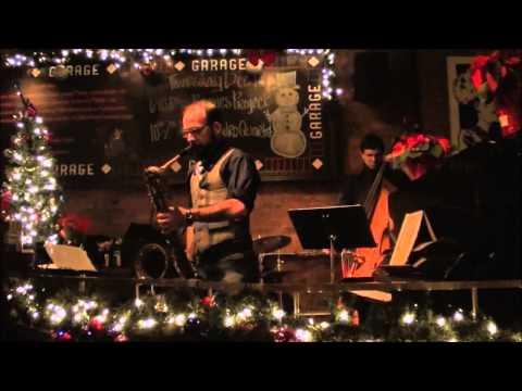 Intimacy of the Blues - Hadro Trio @ The Garage