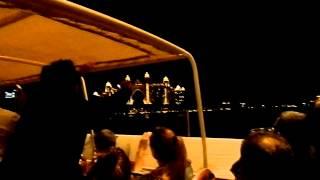 Отель Атлантис на пальмовом острове вечером в Дубае(, 2013-02-24T16:11:56.000Z)