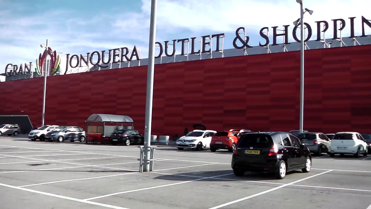 gran jonquera shopping centre la jonquera catalonia spain youtube. Black Bedroom Furniture Sets. Home Design Ideas
